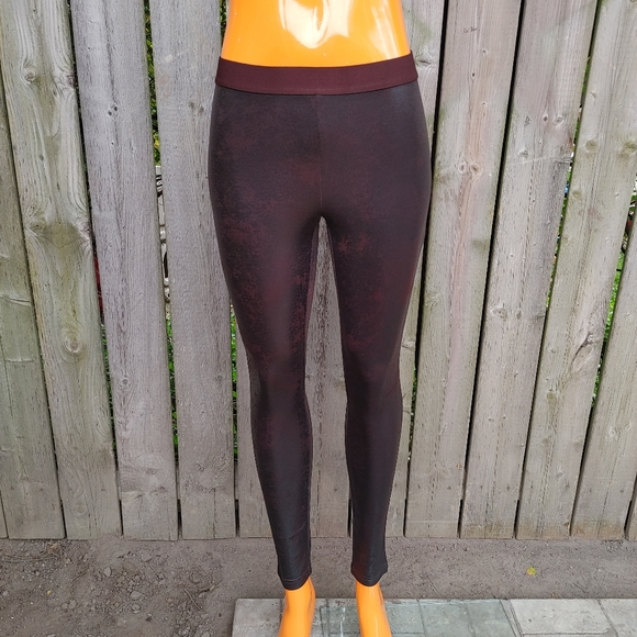 Hue marbled print brown leggings size small